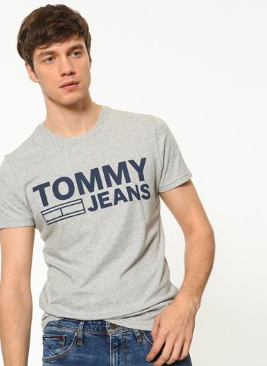 Tişört-Tommy Hilfiger